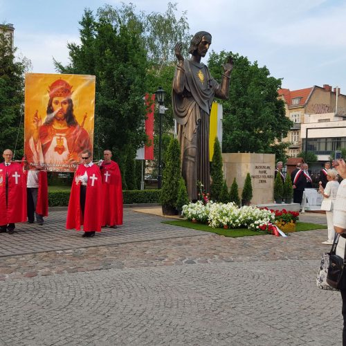 Poznań – poświęcono figurę Chrystusa