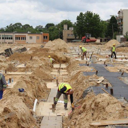 W Kaliszu trwa budowa trybun i areny sportowej