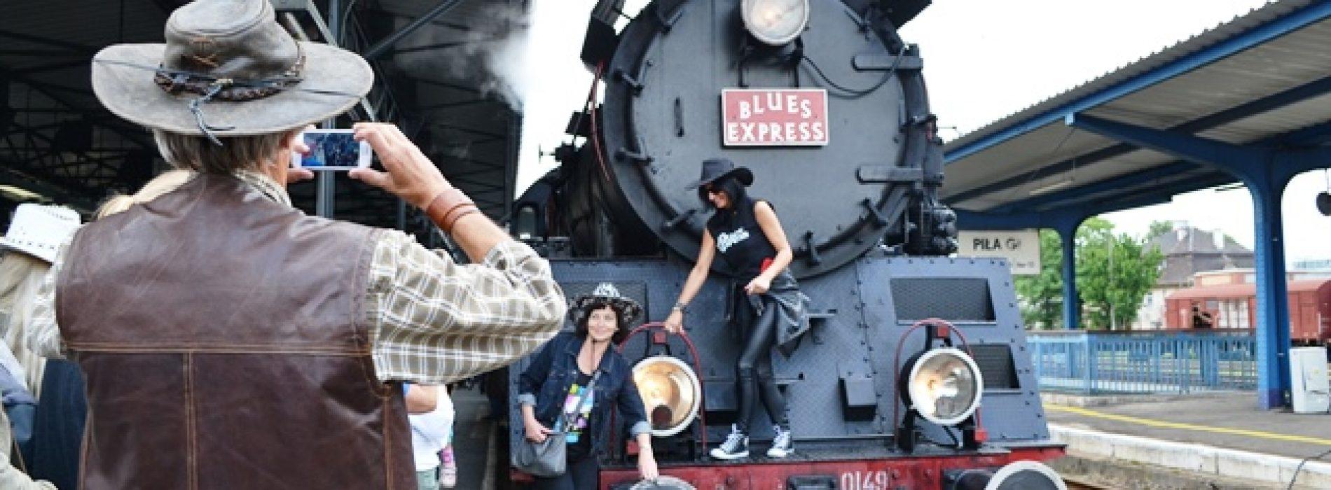 Blue Express przemknął przez Wielkopolskę