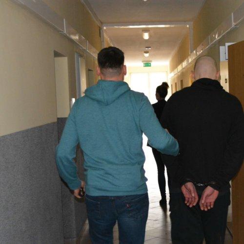 POLICJANCI ZATRZYMALI W LICHENIU FAŁSZYWEGO KSIĘDZA