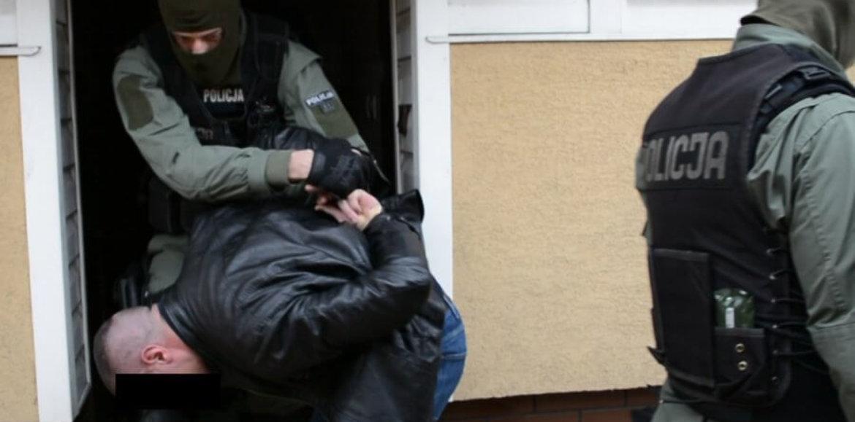 CBŚP I HOLENDERSKA POLICJA ROZBIŁY ZORGANIZOWANĄ GRUPĘ PRZESTĘPCZĄ HANDLUJĄCĄ AMFETAMINĄ