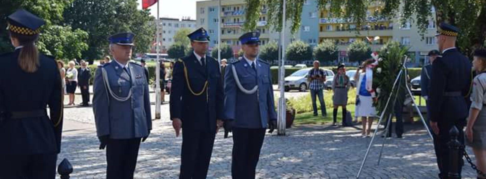 POLICJANCI NA OBCHODACH ŚWIĘTA WOJSKA POLSKIEGO