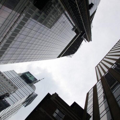 Handel akcjami na giełdzie